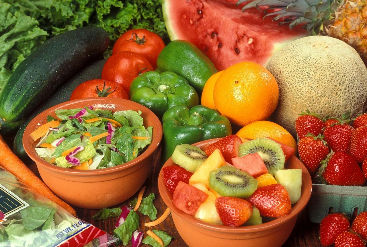 fruits-386758_1280