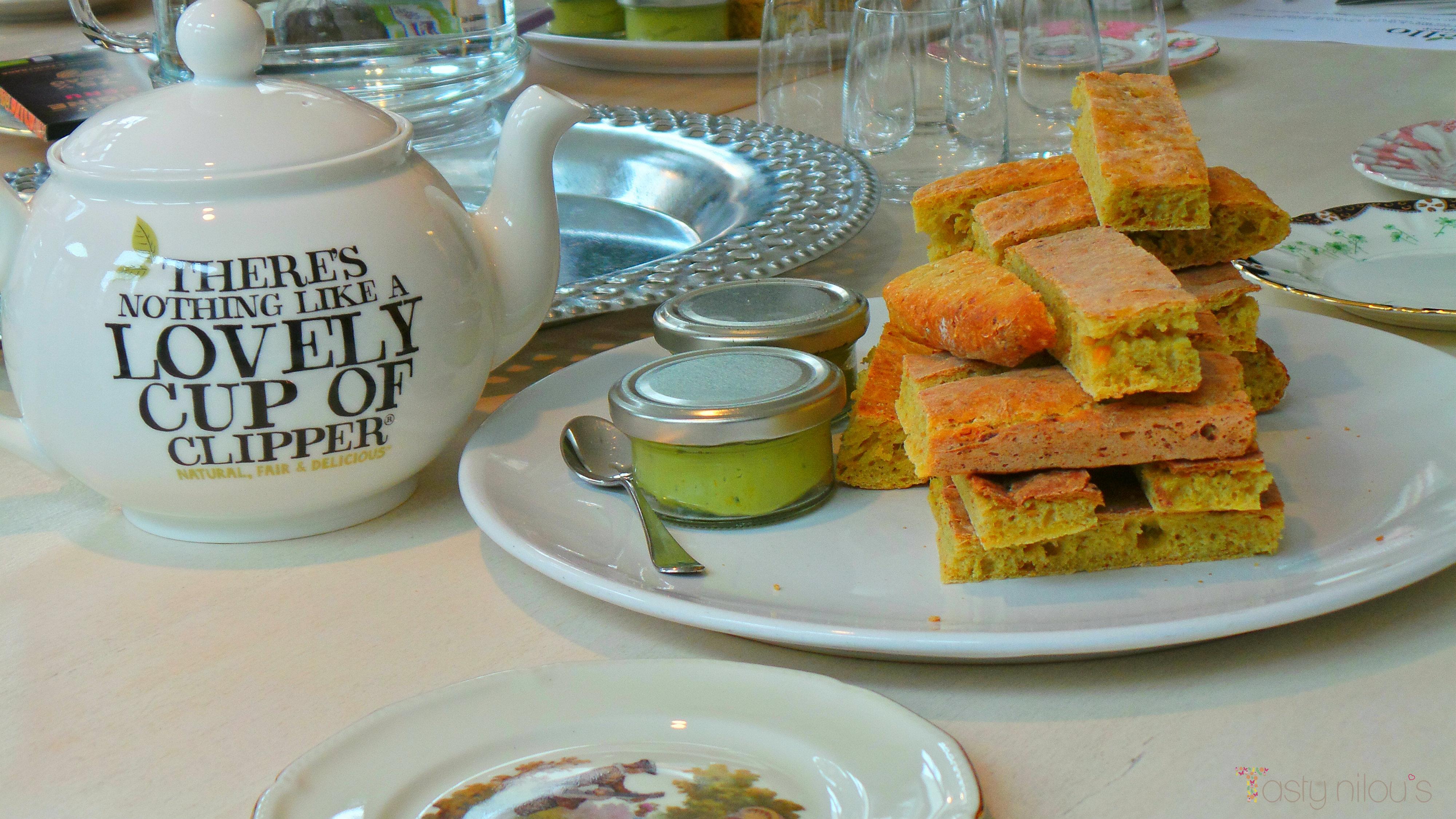 kikkererwtenbrood_avocadodip__theeworkshop_culinaire_werkplaats_amsterdam_delicious