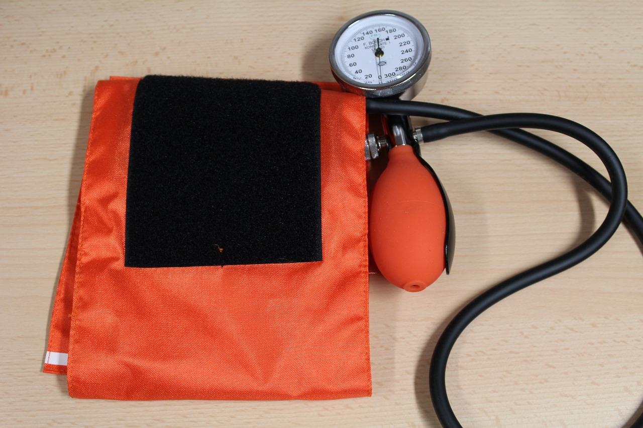 blood-pressure-638421_1280